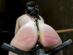 Kinky Maggie Mayhem gets spanked and toyed in bondage vid