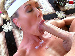 Sporty body milf Brandi Love has lusty hardcore sex after a workout