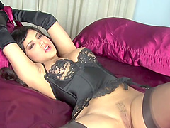 Hardcore bondage fetish scene with brunette hottie Sunny Leone