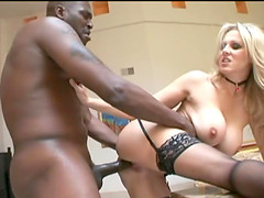 Hot interracial pleasure for the busty blonde mom Julia Ann