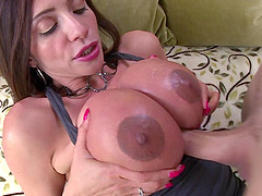 Big boobs dame rubs a huge vibrator against her pussy while having her anal wrecked hard
