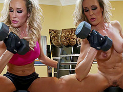 Fit milf lifting in the locker room and fucking the big dick guy
