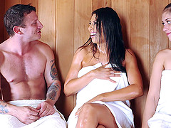 Couple oils up in the sauna and has slippery hot sex