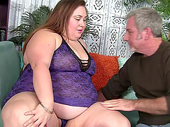 BBW sucks on his big cock and gets fucked in her slutty hole