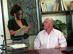 Bald guy gives the arousing Jessica a very nice penetration treatment