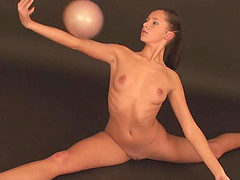 Flexible bint Lata Pavlova stretches her tight and nude body