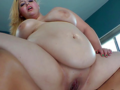 Plump babes playing with each other before pleasing a big black rod