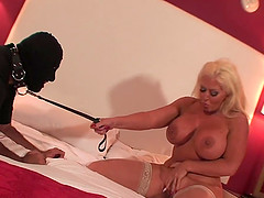 Busty Alura Jenson treats her sex slave to a kinky game