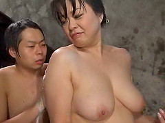 Mature Japanese woman is happy to please her horny lover