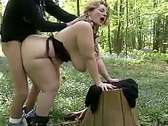 Fat mature fucked in forest