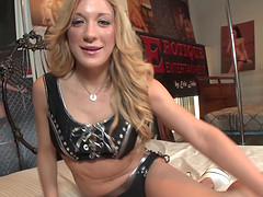 Blonde chick Amy Brooke knows how to use a big delicious dick