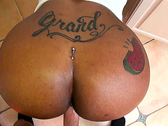 Ebony MILF Lessy Devoe rides a cock with her huge ass and gets cum