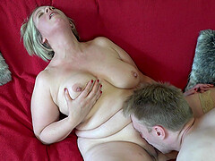 porno-tube-video-britanki-porno-s-obaldennoy-popoy