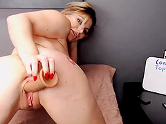 A Hot milf with a wet pussy loves to pleasure herself with sex toys
