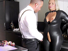Catwoman Tatjana Young on a sperm hunt