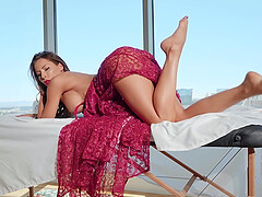 Madison Ivy is a real goddess of a blowjob and memorable sex