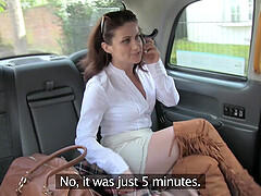 Madlin Moon shows her butt plug to the taxi driver and gets fucked