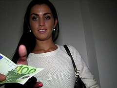 Good looking mature mommy Loren Urages gets money to be penetrated