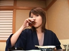 Nana Natsume Turns into a Voyeur Slut Once She's Drunk