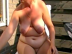 Dutch MILF masturbates